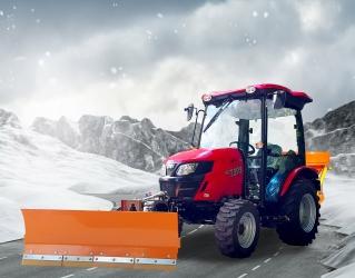 Aktion 2021 - TYM T395 SH Winterdienst-Traktor mit Kabine, Schneeschild und Streuer